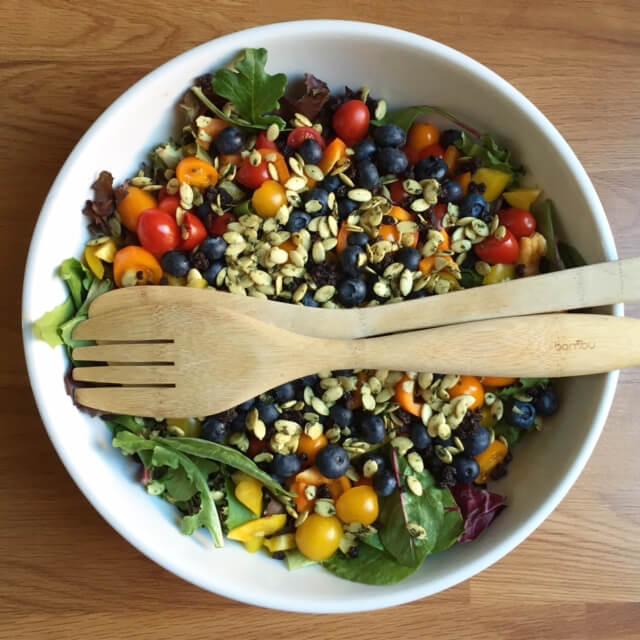 how to make a tasty salad